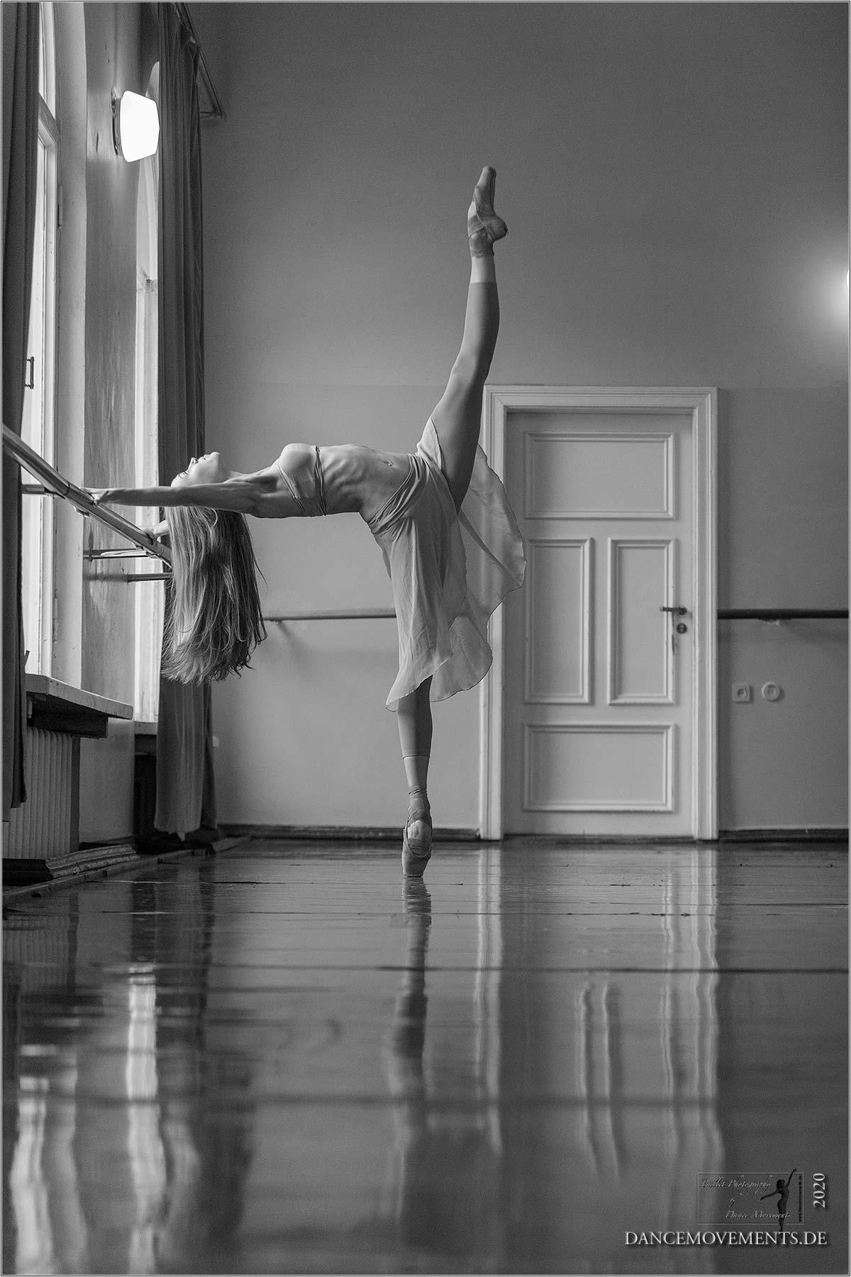 Julia-Moskalenko-2017-09-02_4014-bw